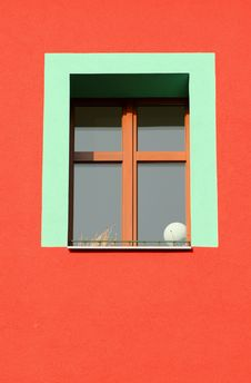 Free Bare Green Window Royalty Free Stock Photography - 1532237