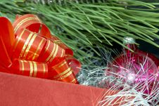 Free Gift Box, Christmas Ball And Silver Tinsel Royalty Free Stock Photos - 1534108