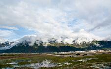 Free Mountain Landscape Stock Photos - 15307673