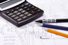 Free Calculator And Several Pens Royalty Free Stock Images - 15308829