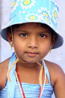 Free Cute Indian Girl Royalty Free Stock Photography - 15315107