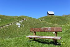 Free Mountain Bench Royalty Free Stock Images - 15318399