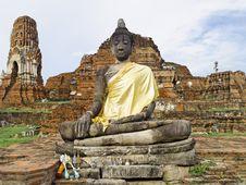 Free Ayutthaya Buddha In Wat Mahathat Royalty Free Stock Image - 15319296