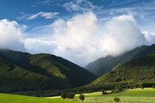Free Clouds Over Mountains Stock Images - 15320624