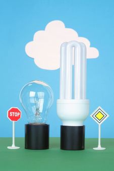 Free Two Bulbs Stock Photo - 15322320