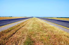 Free Summer Day Belorussian Road View Royalty Free Stock Photography - 15327287