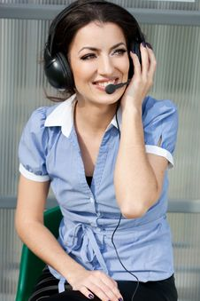 Free Girl Commentator With Headset Stock Image - 15328561