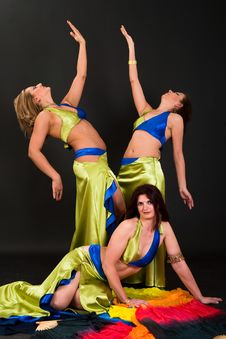 Free Belly Dancers Stock Photography - 15328862