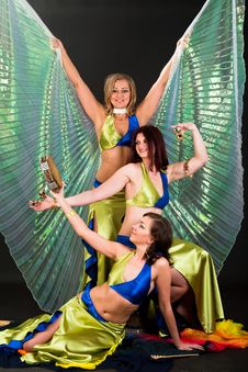 Free Belly Dancers Stock Photo - 15328910