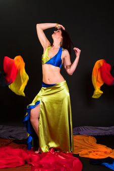 Free Belly Dancer Stock Photos - 15329223