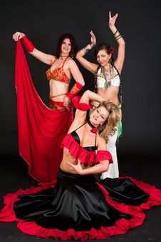 Free Belly Dancers Royalty Free Stock Photography - 15329707