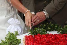 Free Strawberry Wedding Cake Stock Image - 15330031