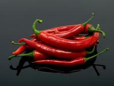 Free Red Chilli Peppers Stock Images - 15332974
