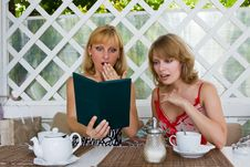 Free Two Women Expressed Shock At The Big Bill. Stock Photography - 15333132