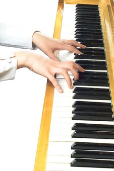 Free Piano Hand Royalty Free Stock Images - 15335169