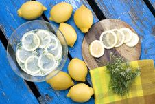 Free Lemons Stock Photography - 15335922