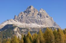 Free Dolomites Panorama - Tre Cime Di Lavaredo Royalty Free Stock Photos - 15338338