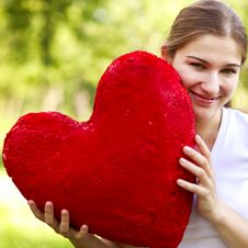 Free Young Woman Holding Big Red Heart Royalty Free Stock Images - 15340829