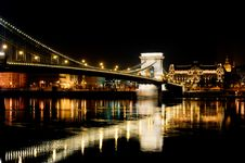 Free Chain Bridge In Budapest, Hungary Royalty Free Stock Photos - 15341218