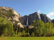 Free Yosemite Falls, California Royalty Free Stock Photos - 15341748