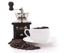 Free Coffee Grinder Beans And Cup Royalty Free Stock Images - 15343459