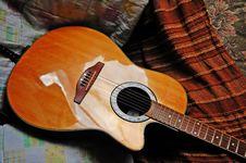 Free Acoustic Guitar - Still Life Stock Photos - 15345413
