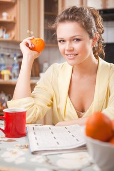 Free Woman In The Kitchen With Healthy Breakfast Stock Image - 15346531