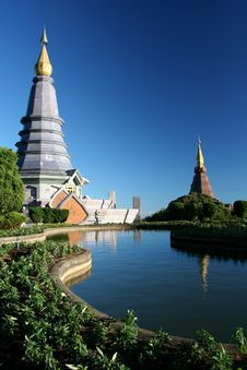 Free Temple In Bangkok Royalty Free Stock Photography - 15347247