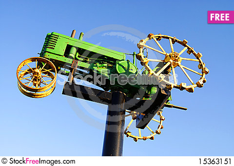Free Farm Tractor Stock Image - 15363151