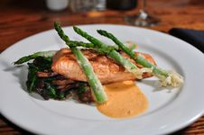 Plate Of Salmon With Asparagus Stock Images
