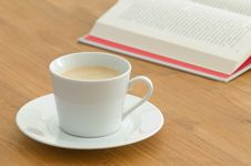 Free White Coffee Cup In A Business Setting Stock Photo - 15364030