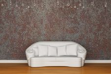 Free White Sofa In Rusty Interior Stock Photography - 15368142