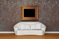 Free White Sofa With Picture Frame Stock Images - 15368184