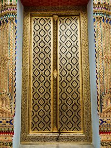 Free Thai Church Close Door Royalty Free Stock Photo - 15368235
