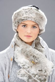 Free Young Woman Wearing Fur Hat And Wrap Stock Images - 15370504