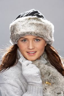 Free Young Woman Wearing Fur Hat And Wrap Royalty Free Stock Images - 15370649