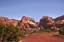 Free Kolob Canyon Peaks Stock Photo - 15372600
