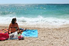 Free Middle Age Woman In The Beach Stock Photo - 15373130