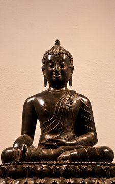 Free Buddha Seated Royalty Free Stock Photos - 15373448