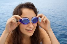 Free Young Girl With Swimming Glasses Royalty Free Stock Images - 15373619