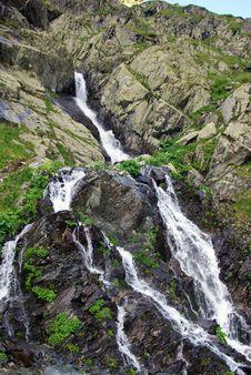 Free Rocky Waterfall Stock Photos - 15374703