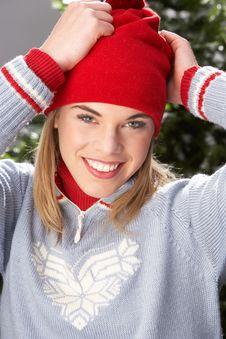 Free Teenage Girl Wearing Knitwear In Studio Stock Photos - 15374963