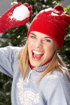 Free Teenage Girl Wearing Knitwear In Studio Royalty Free Stock Photo - 15375145
