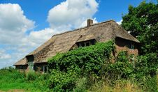 Free Old Dutch Farm Royalty Free Stock Photos - 15375498