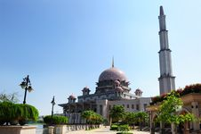 Free Mosque Royalty Free Stock Image - 15384536