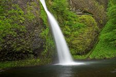 Free Horsetail Falls Stock Photo - 15389840