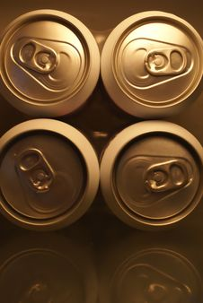 Free Pull Ring End Of Cans Royalty Free Stock Photo - 1543275