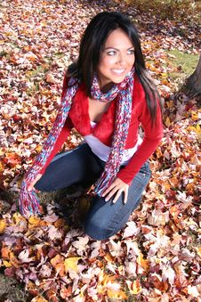 Free Sexy Woman In Fall Fashion Outdoors Royalty Free Stock Photos - 1548478