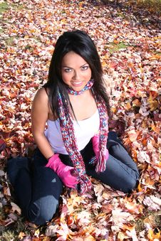 Free Sexy Woman In Fall Fashion Outdoors Stock Photography - 1548522