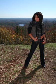 Free Sexy Woman In Fall Fashion Outdoors Royalty Free Stock Photos - 1549128